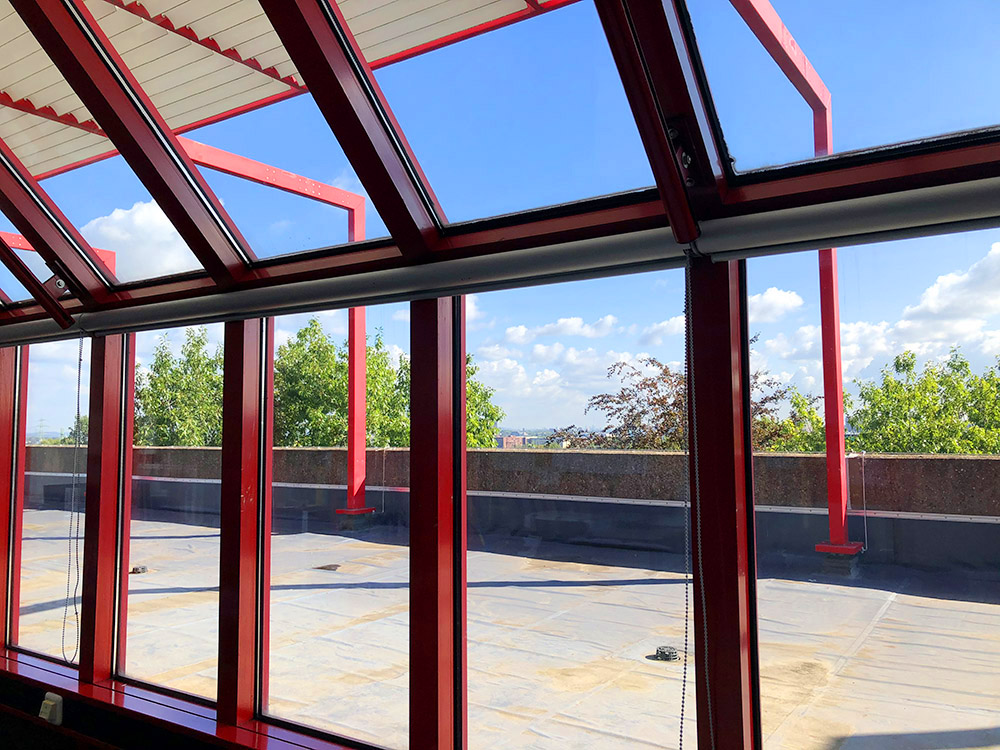 RWB Essen - Rundgang Gebäude - Blick auf die Dachterrasse in der 4. Etage
