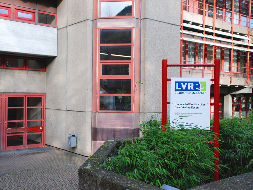 RWB Essen - Rundgang Gebäude - Haupteingang