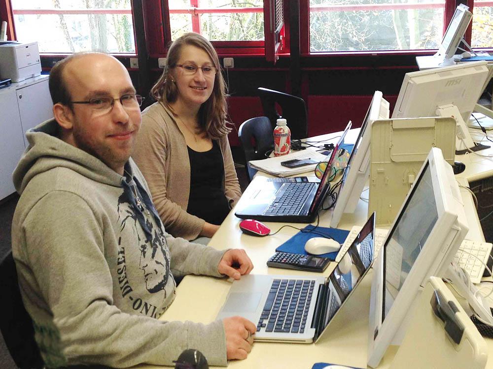 RWB Essen - Fachschule für Wirtschaft – Fachrichtung Wirtschaftsinformatik - Arbeitssituation an den Computern
