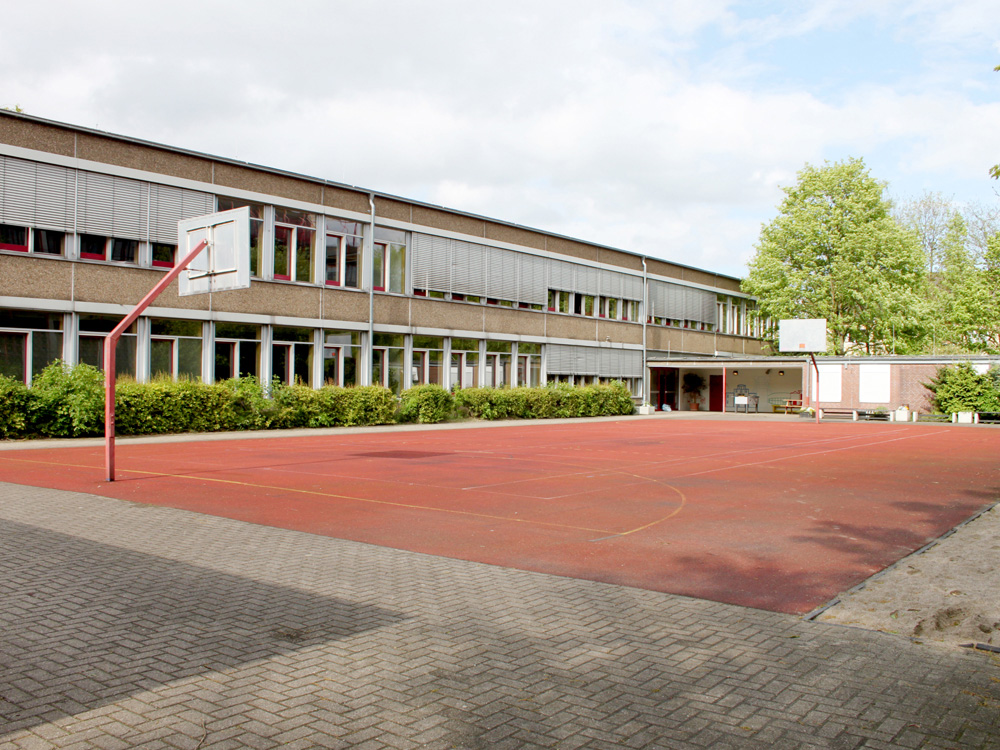 RWB Essen Schule Rundgang Sportplatz