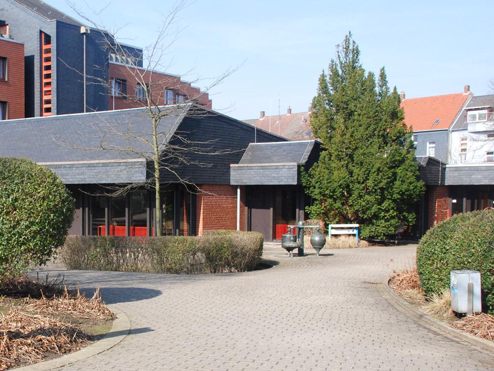 rwb-essen-internat-Eingang-rechts