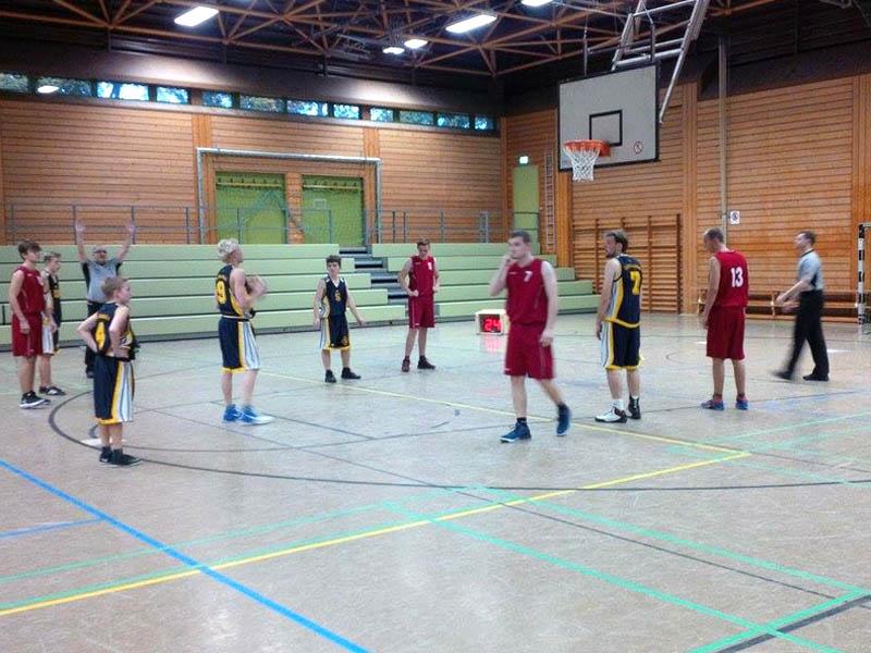 RWB Essen - Basketballturnier Osnabrück - Team Jungen beim Spiel