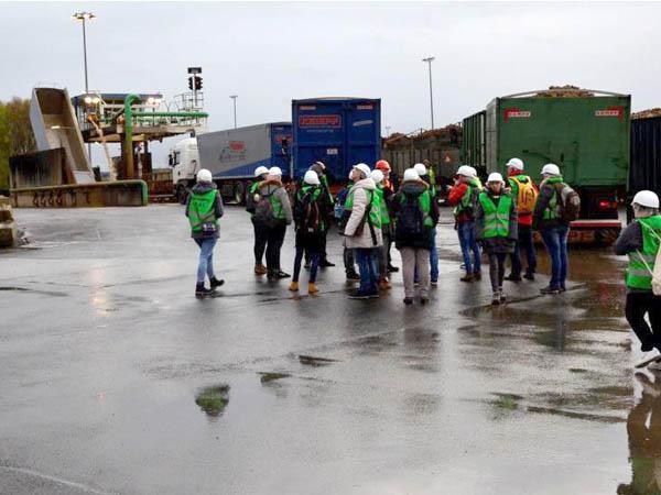 RWB Essen - Besuch der Zuckerfabrik -  Außengelände der Zuckerfabrik