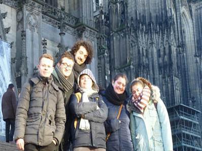 RWB Essen - Besuch des Museums Ludwig Köln - Gruppenfoto vor dem Kölner Dom