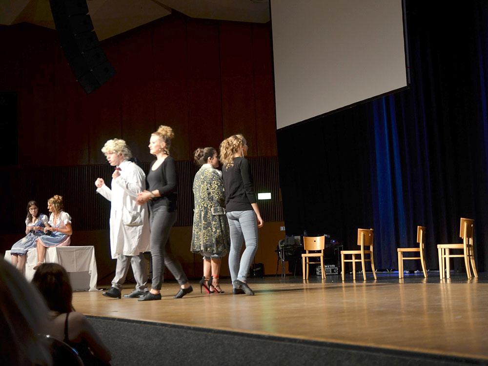 """RWB Essen - Abiturfeier 2017 - Persiflage von Hubert Burghardt auf Goethes """"Faust"""""""