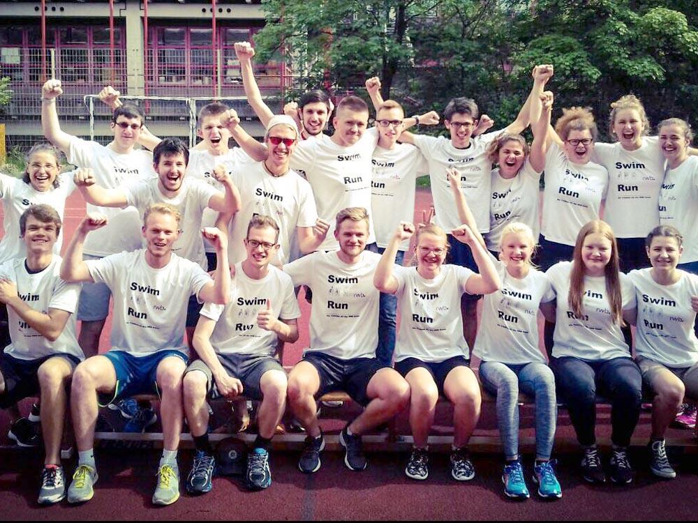 RWB Essen - Triathlon AG - Präsentation der neuen Trikots