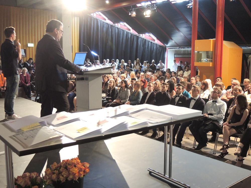 RWB Essen - Abschlussfeier Berufsfachschule 2017 - Begrüßungsrede des stellvertretenden Schulleiters Herr Görgen