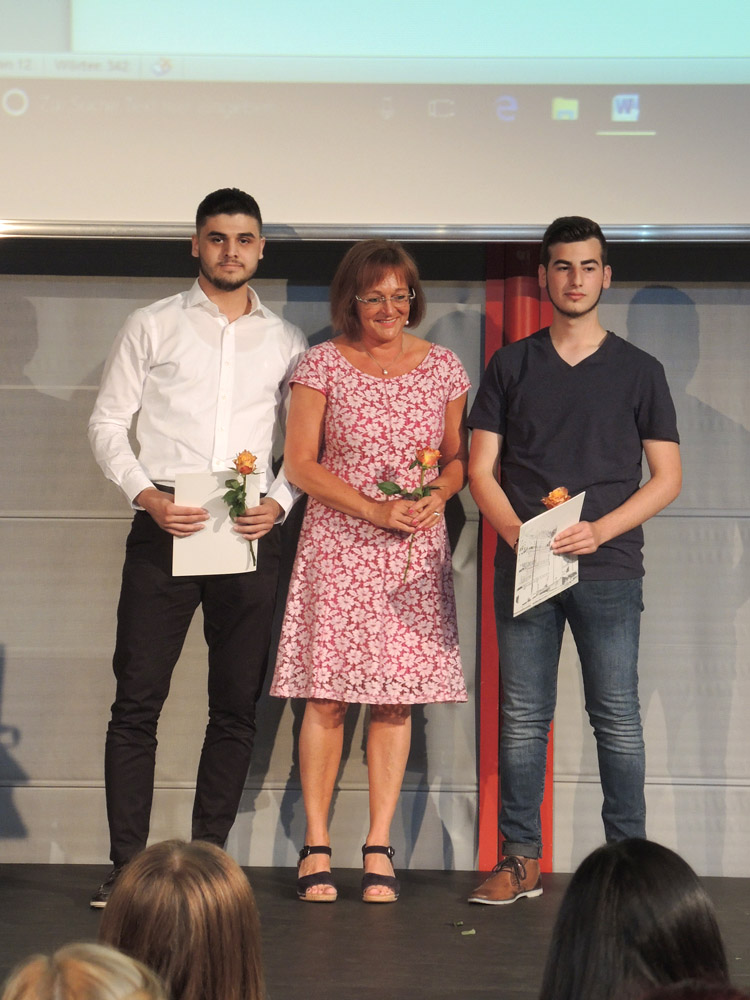 RWB Essen - Abschlussfeier Berufsfachschule 2017 - Klasse 3B262-1