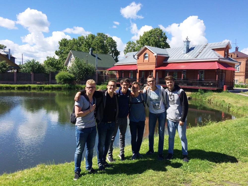 RWB Essen - Studienfahrt nach Russland -  Besuch in Gorodets