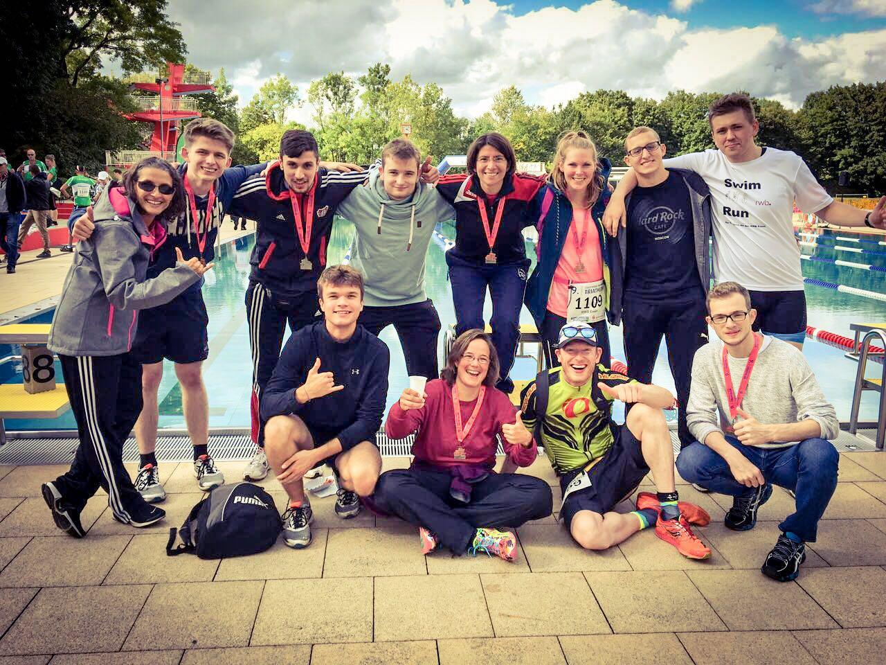 RWB Essen - Triathlon-AG - Gruppenfoto der Teilnehmerinnen und Teilnehmer