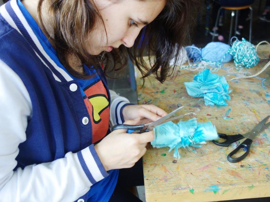 RWB Essen - Besuch des Textilmuseums in Gelsenkirchen - Arbeiten in der Werkstatt