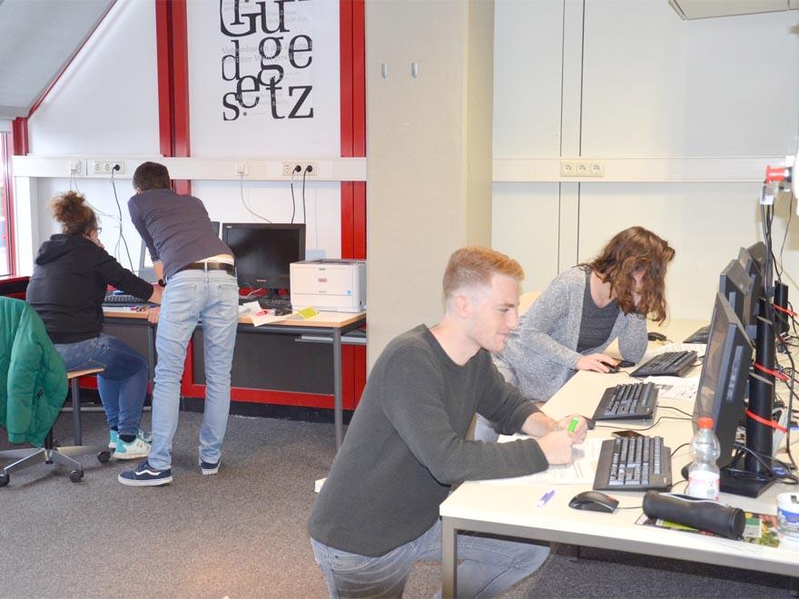 RWB Essen - Gl-Projekttag der 13er - Arbeitsgruppe Tourismus