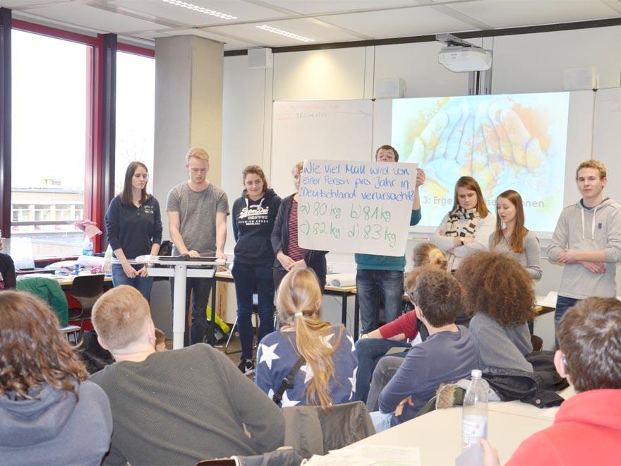 RWB Essen - Gl-Projekttag der 13er - Präsentation als Quiz