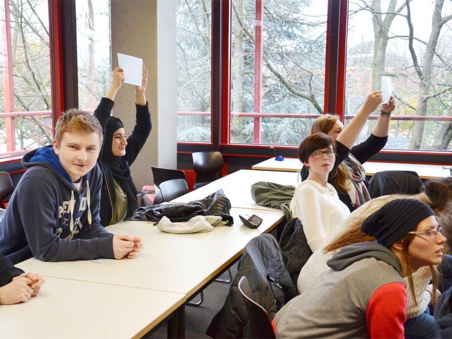 RWB Essen - Gl-Projekttag der 13er - Quiz-Teilnehmerinnen und Teilnehmer