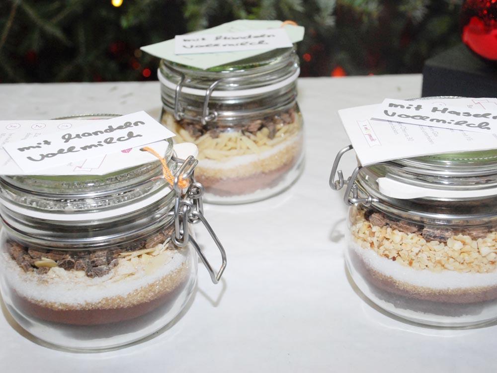 RWB Essen - Weihnachtsmarkt 2017 - Backmischungen für Kuchen am Verkaufsstand für Süßes und Saures