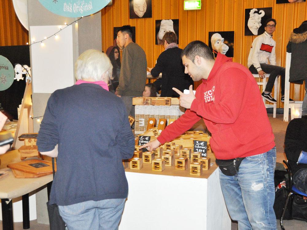 RWB Essen - Weihnachtsmarkt 2017 - Verkaufsstand für Holzarbeiten
