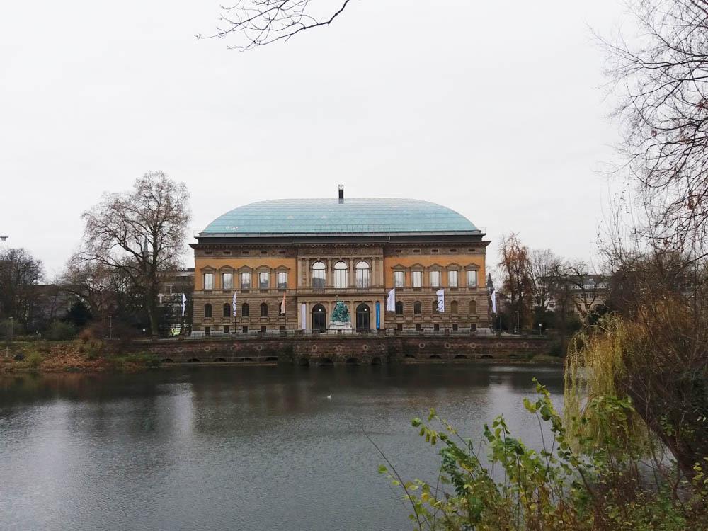 RWB Essen - Besuch des Museums K21 - Blick auf das Museum