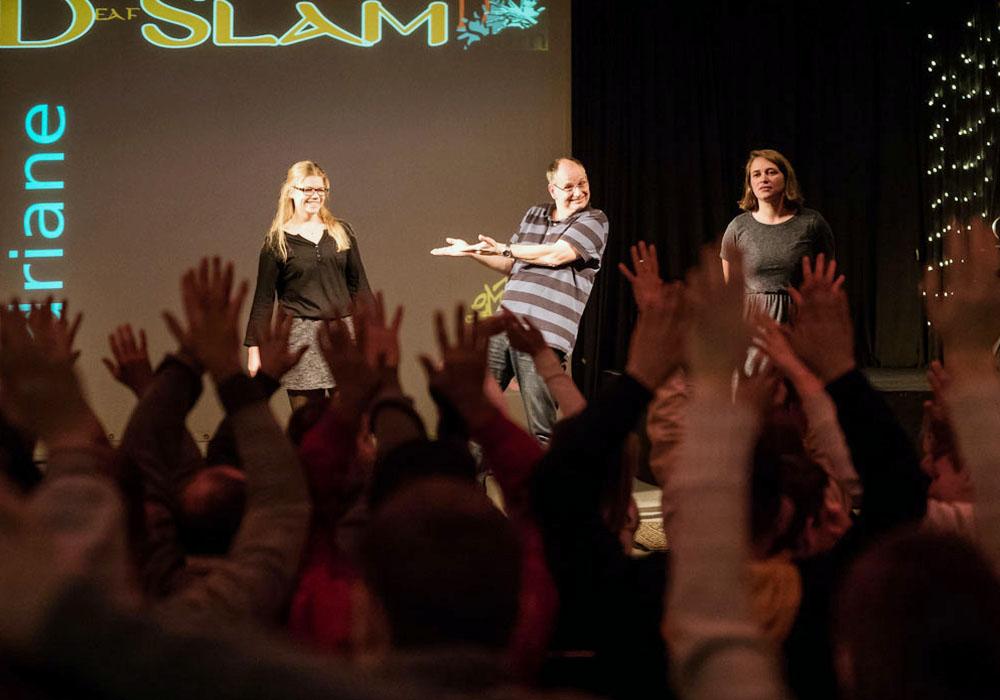 RWB Essen - Deaf Slam IV - Moderatorenteam mit Adriane