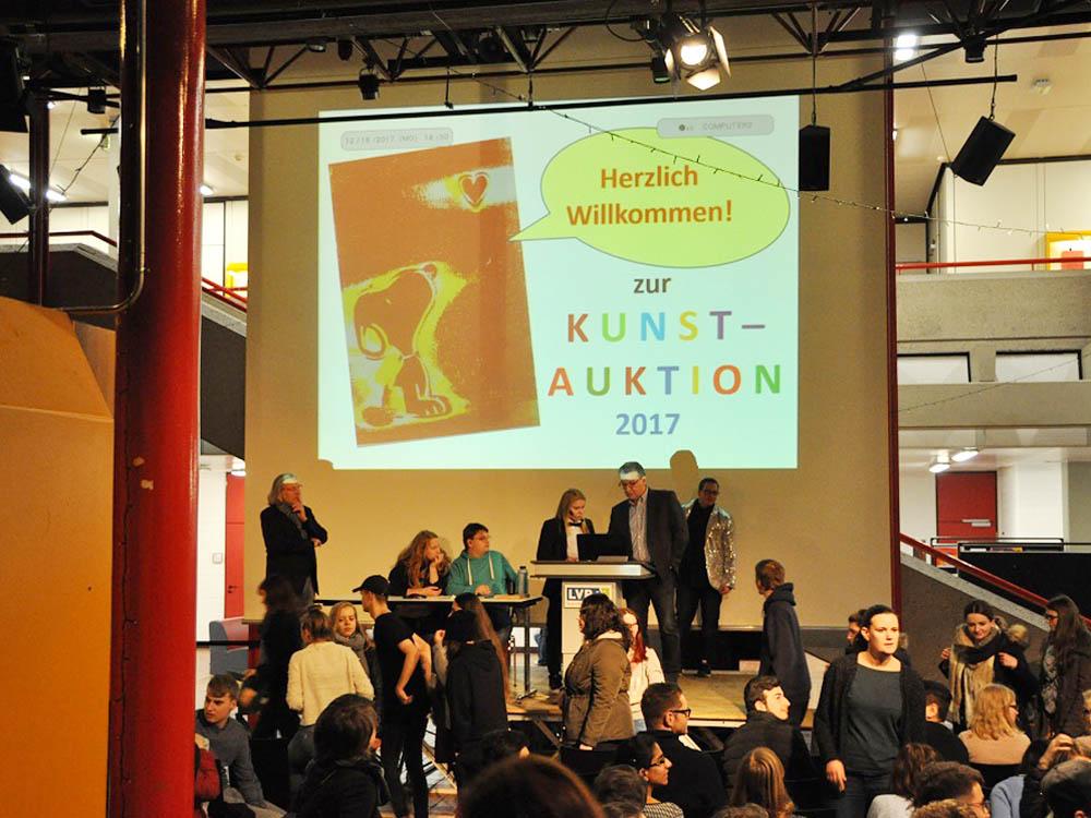 RWB Essen - Kunstauktion 2017 - Die Auktion beginnt.