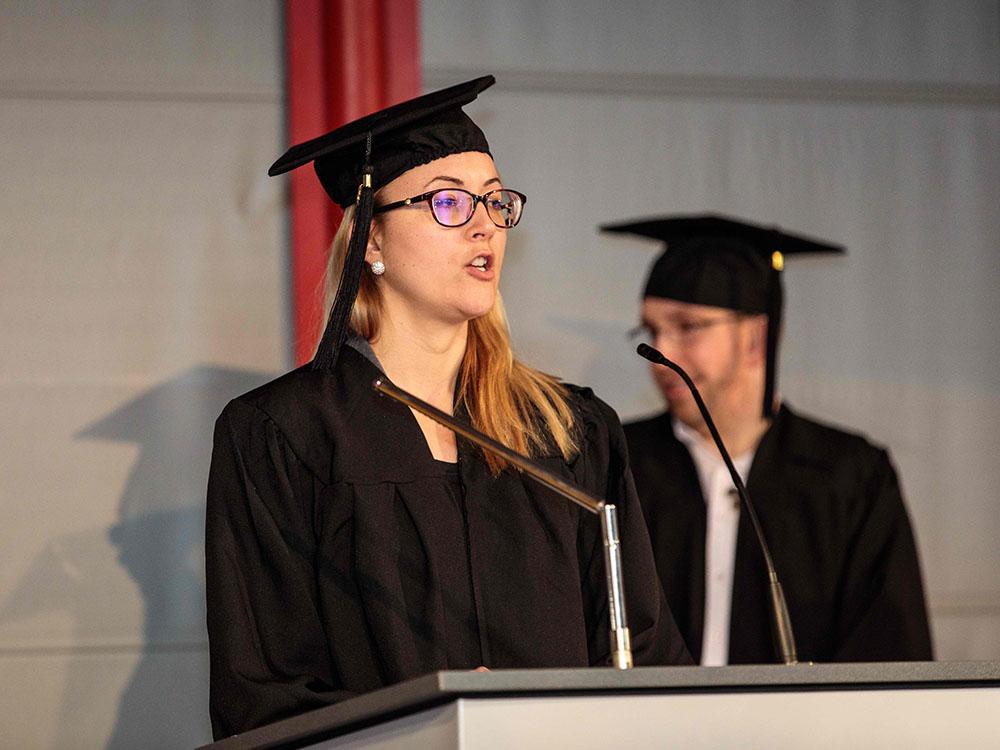 RWB Essen - Verabschiedung der staatlich geprüften Betriebswirte aus der Virtuellen Fachschule - Rede der Absolventin