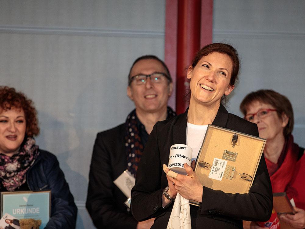 RWB Essen - Verabschiedung der staatlich geprüften Betriebswirte aus der Virtuellen Fachschule - Lehrerin Frau Wilmsmann