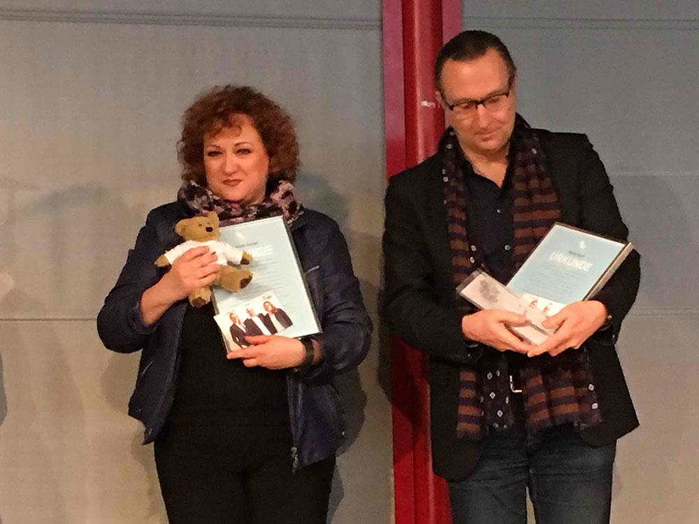 RWB Essen - Verabschiedung der staatlich geprüften Betriebswirte aus der Virtuellen Fachschule - Frau Fischer und Herr Korff