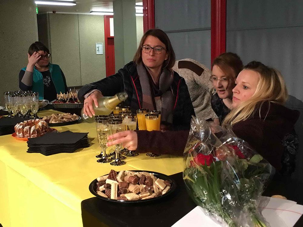 RWB Essen - Verabschiedung der staatlich geprüften Betriebswirte aus der Virtuellen Fachschule - Bewirtung und Buffet