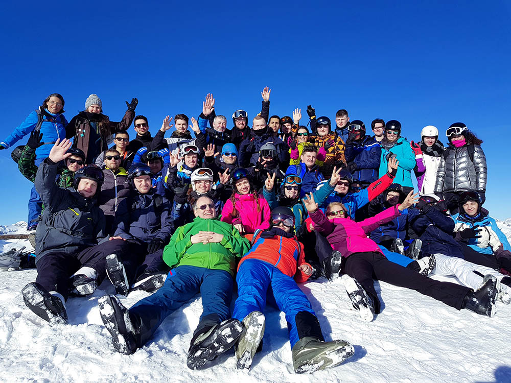 RWB Essen - Wintersportwoche in Südtirol - Gruppenfoto aller Teilnehmerinnen und Teilnehmer