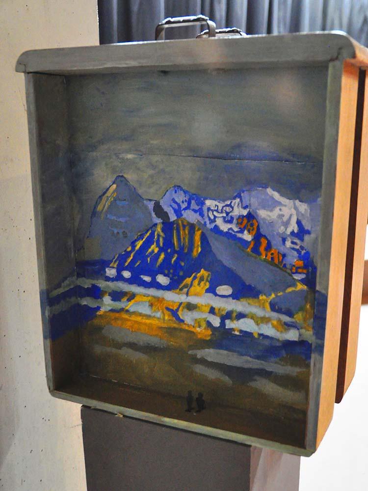 """RWB Essen - Kunstprojekt """"Alles Theater"""" - Bühnenmodell - Im Gebirge nach Ferdinand Holle"""