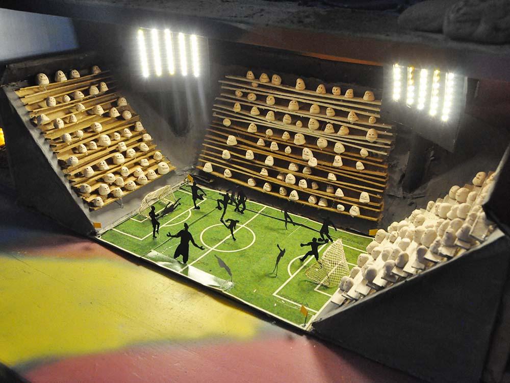 """RWB Essen - Kunstprojekt """"Alles Theater"""" -  Bühnenbild """"Im Fußballstadion"""""""