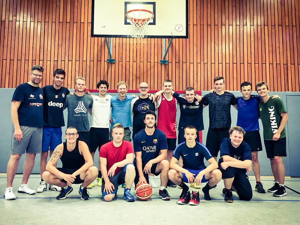 RWB Essen - Lehrgang mit dem Basketball-Bundestrainer Jens Goetz