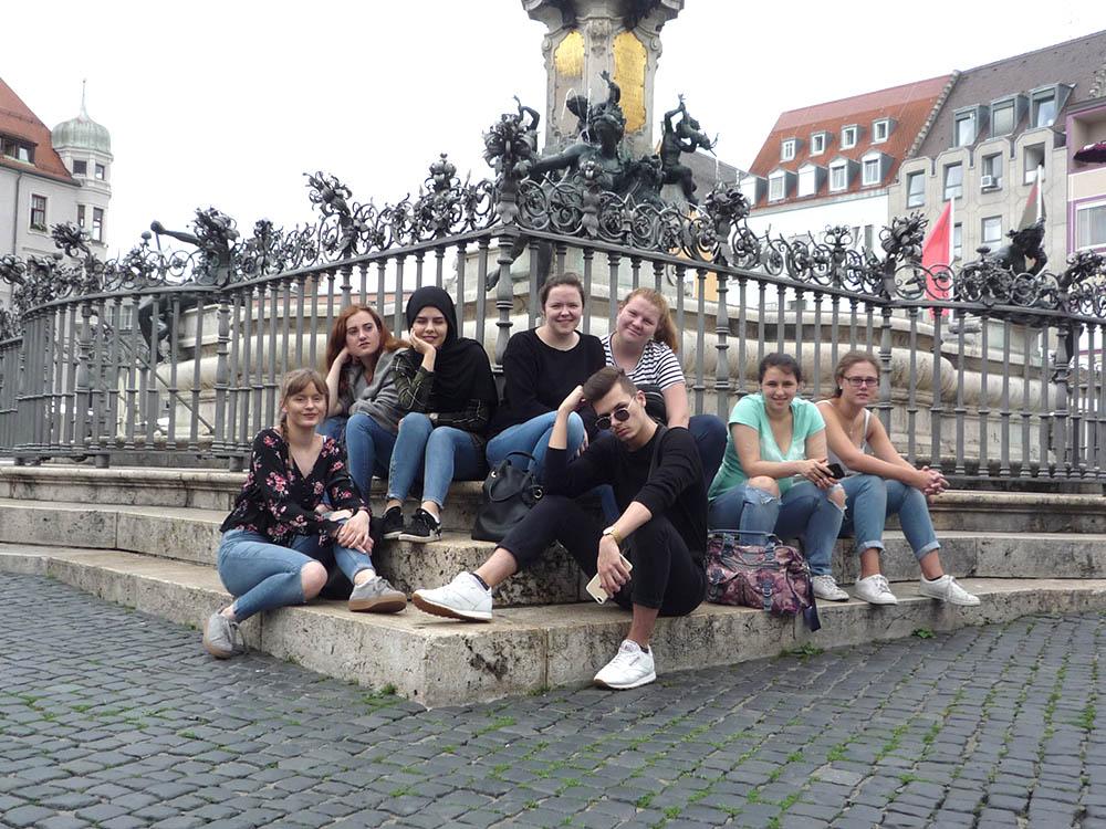 RWB Essen - Studienfahrt nach Augsburg - Gruppenfoto vor dem Augustusbrunnen