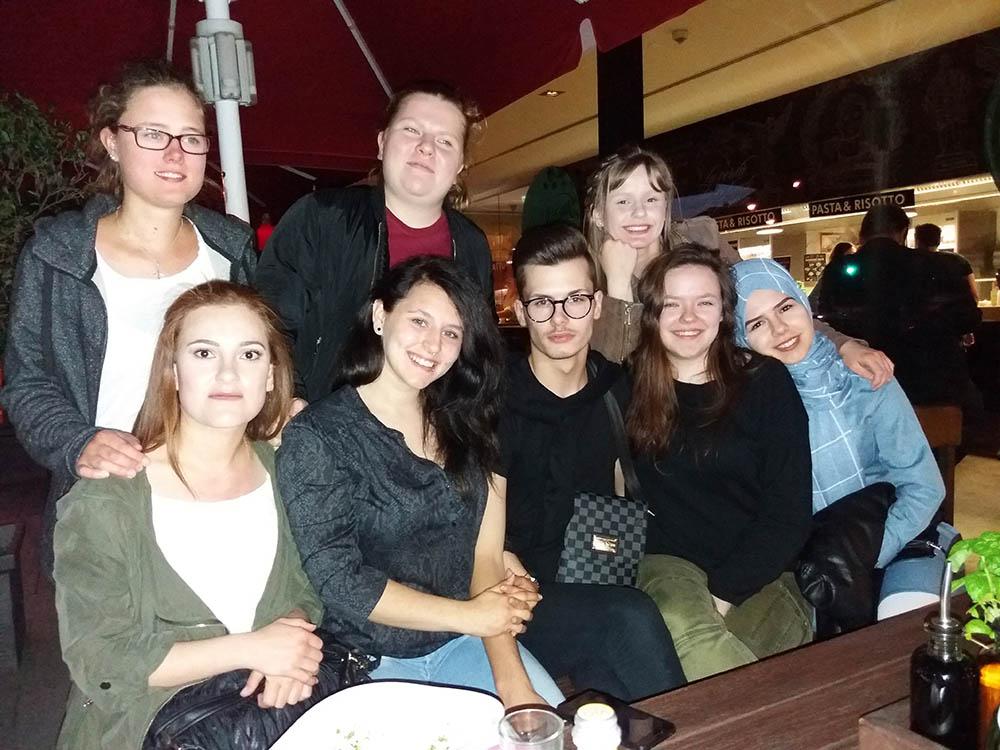 RWB Essen - Studienfahrt nach Augsburg - Gruppenfoto beim Abschlussabend