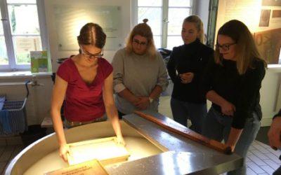 Besuch des Papiermuseums
