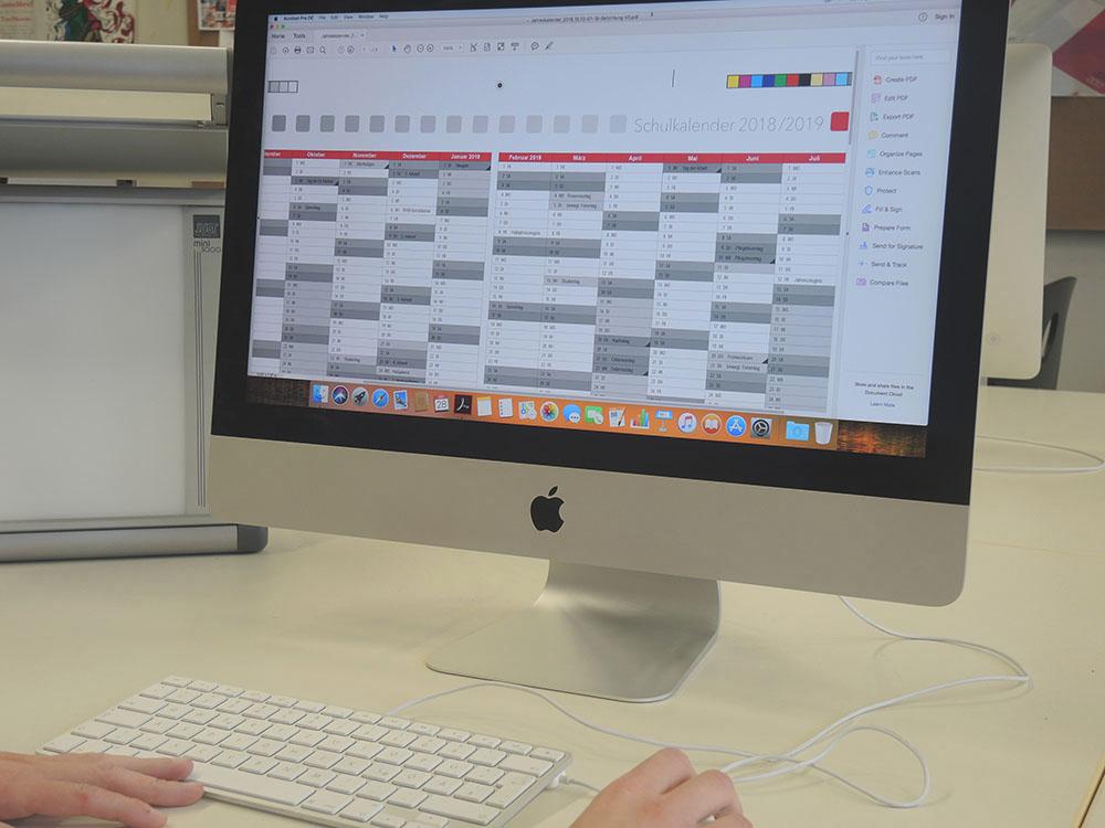 RWB Essen - Schulkalender 2018/2019 - Gestaltung am Computer