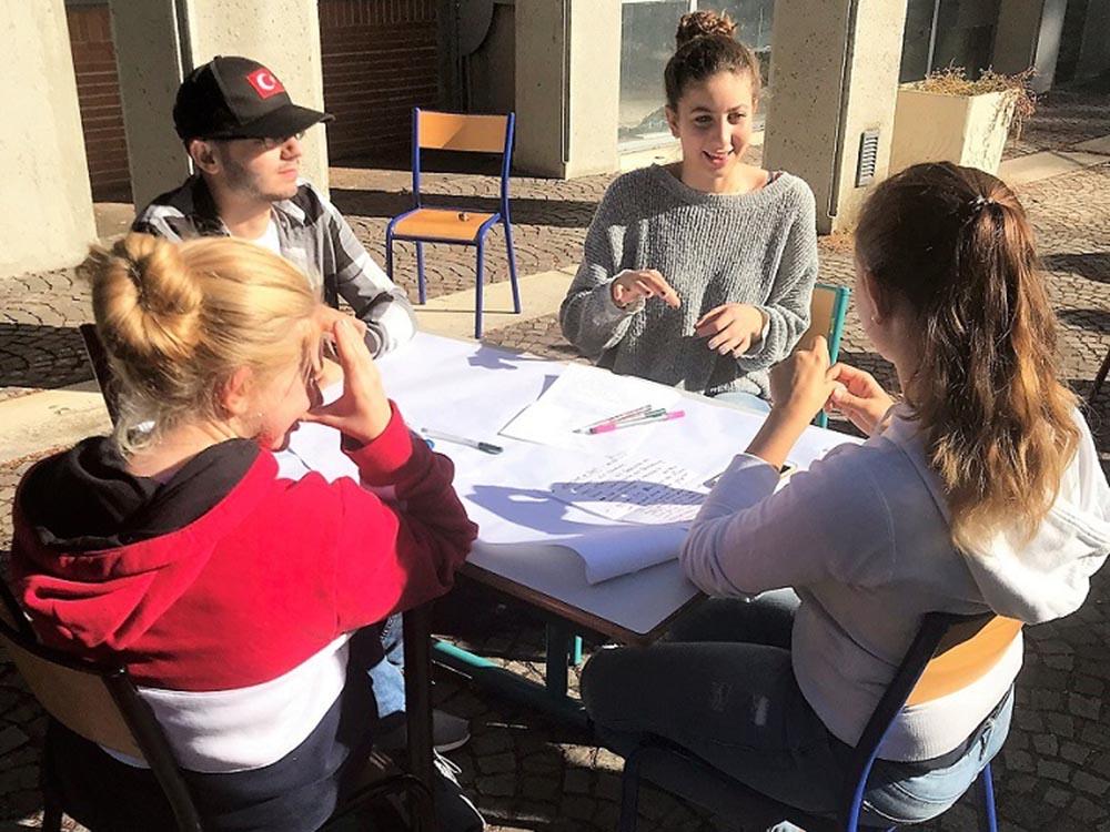RWB Essen - Studienfahrt nach Toulouse - In den Workshops wird viel diskutiert.