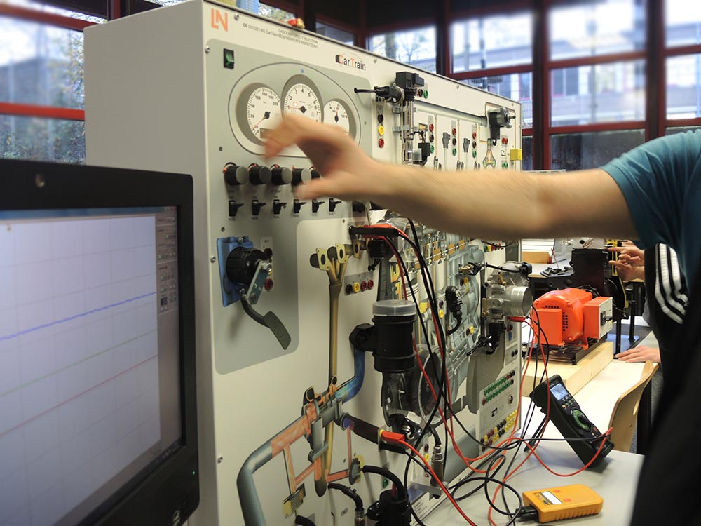 RWB Essen - Berufsbörse 2018 - Berufe im Bereich Elektronik