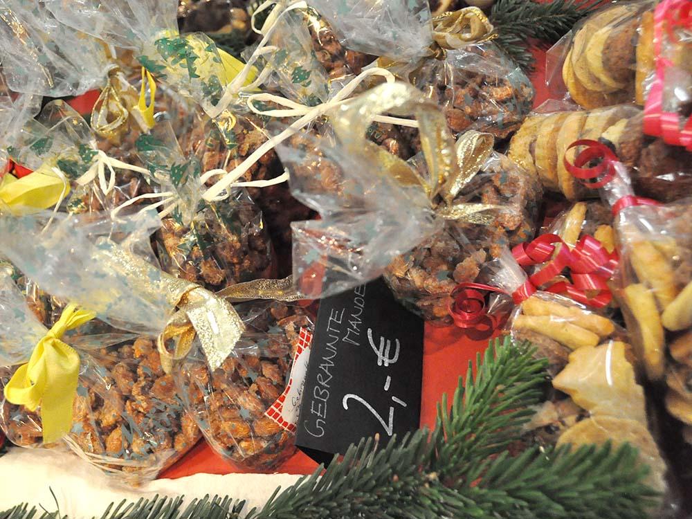 RWB Essen - Weihnachtsmarkt 2018 - Verkauf von Plätzchen, Mandeln und Pralinen