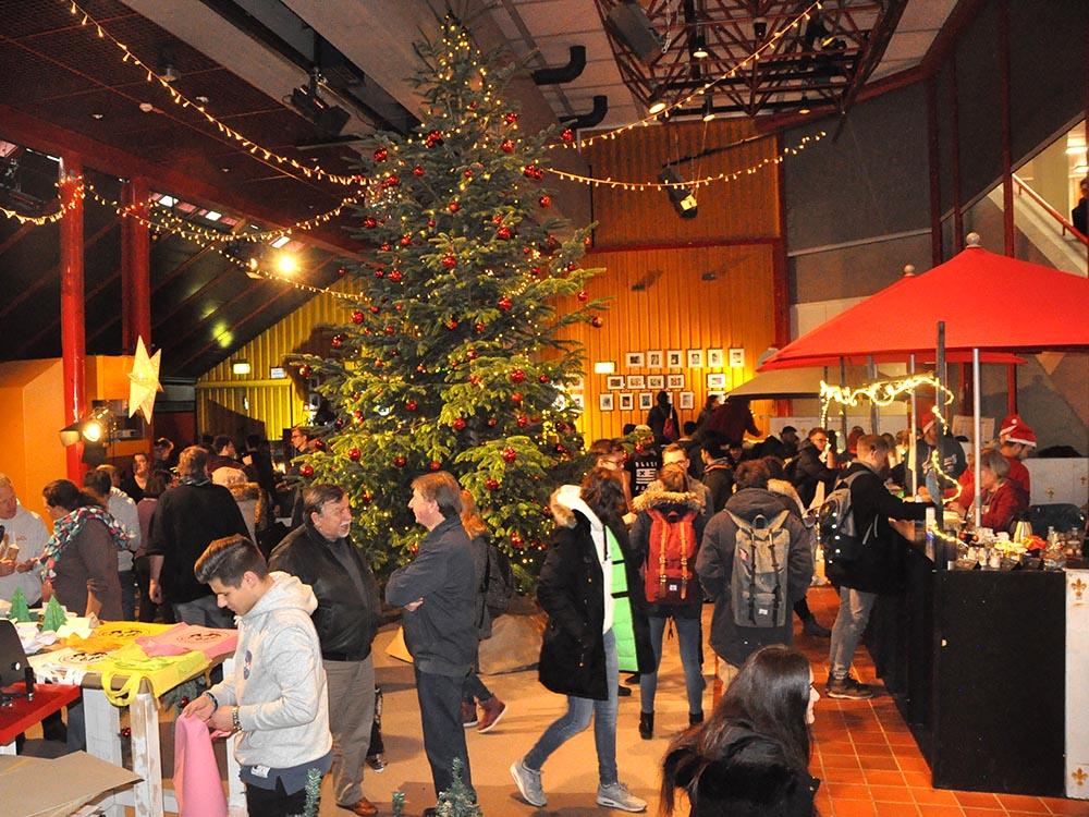 RWB Essen - Weihnachtsmarkt 2018 - Eingang zum Weihnachtsmarkt im PZ