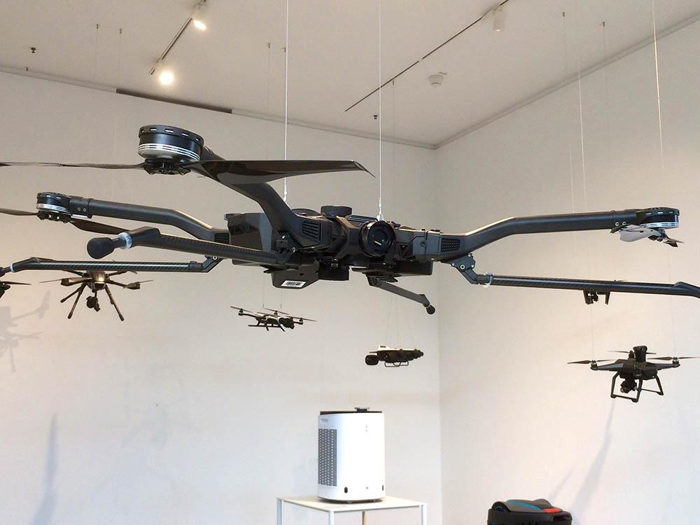 RWB Essen - Besuch des Red Dot Design Museums - Ausstellungsobjekte - Drohnen