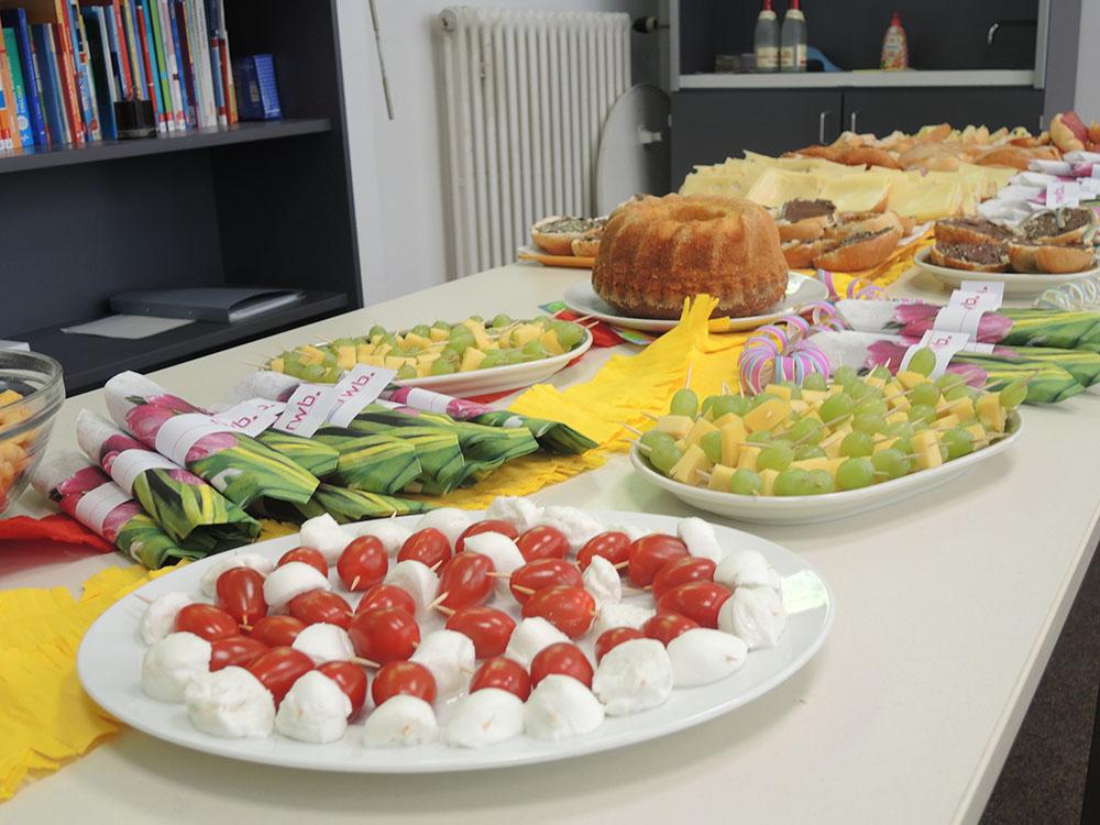 RWB Essen - RWB Essen - Abschlussfeier der Abteilung Technik 2019 - Es gab zur Belohnung viele leckere Sachen zu Essen und zu Trinken.