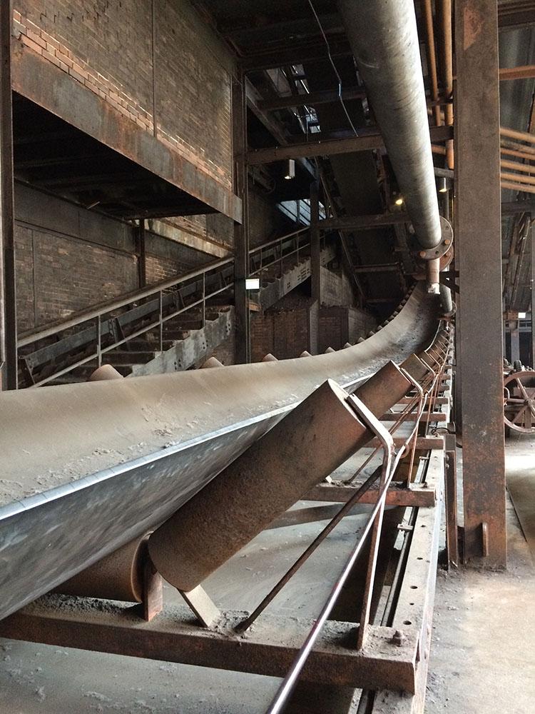 RWB Essen - Besuch der Zeche Zollverein -  Die Führung auf der Zeche Zollverein ist sehr anschaulich.