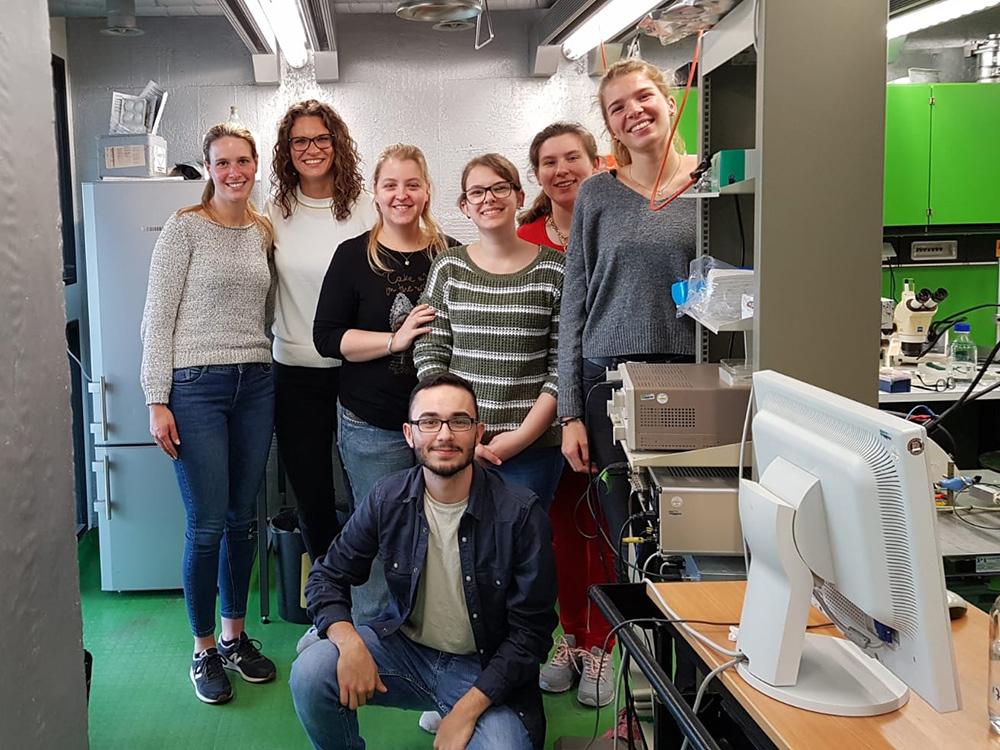 RWB Essen - Ein Tag im Labor des Uniklinikums Aachen - Gruppenbild im Labor des Institus für Physiologie