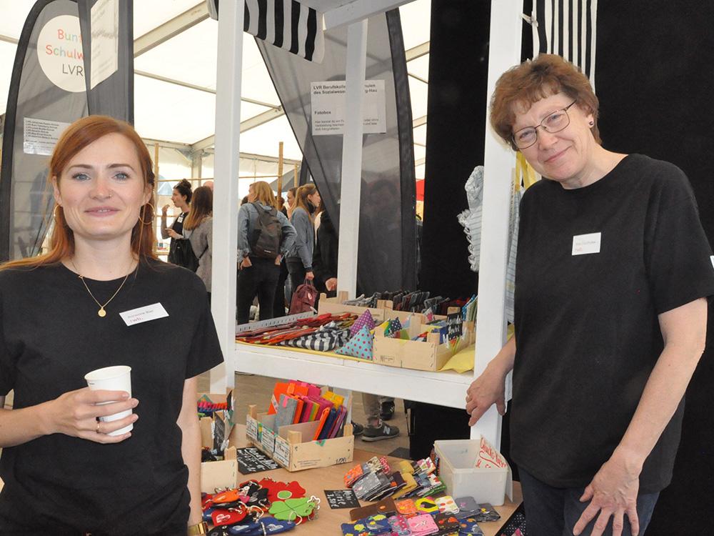 RWB Essen - Tag der Begegnung 2019 in Köln - Der Stand mit tollen Näharbeiten wurde von RWB Lehrerinnen betreut.