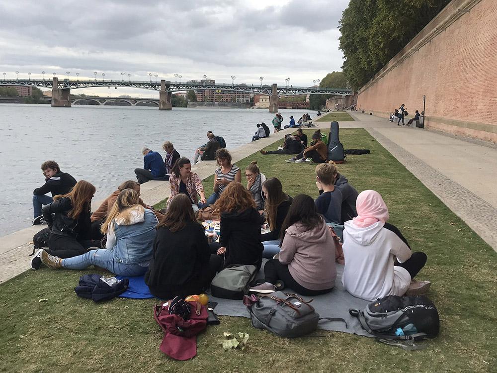 RWB Essen - Studienfahrt nach Toulouse 2019 - Tag 3 - Picknick an der Garonne