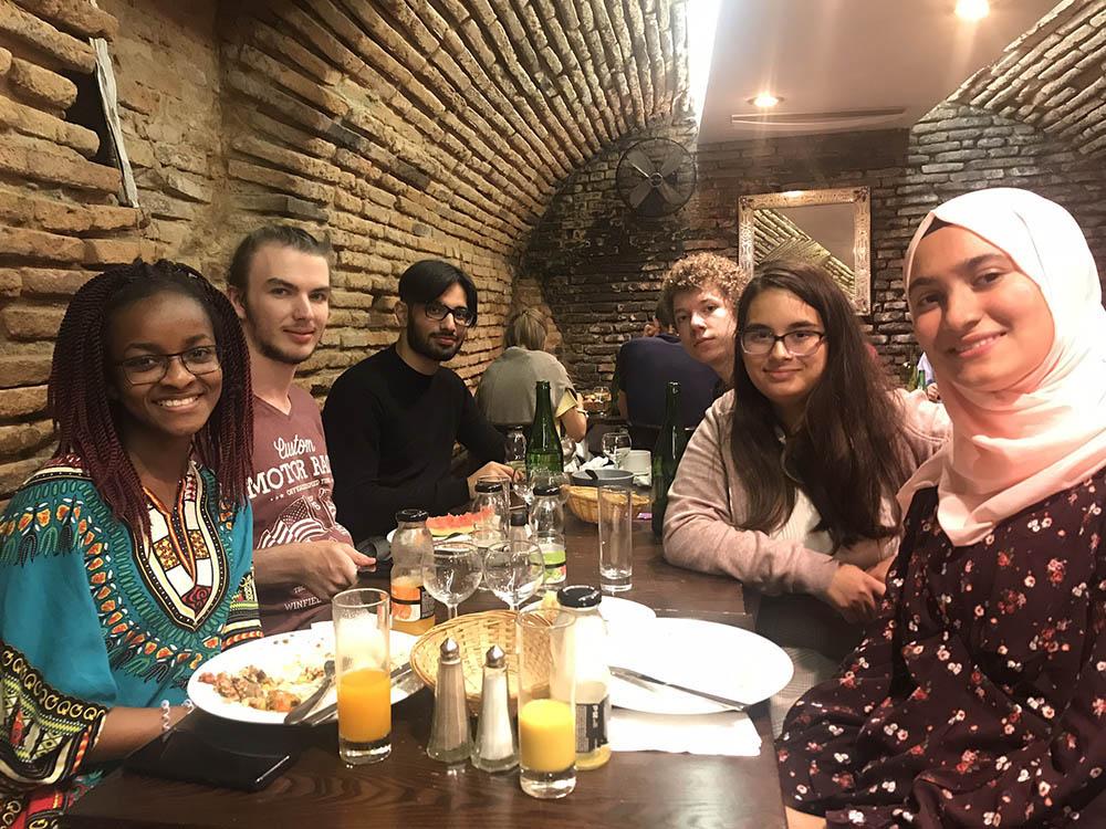 RWB Essen - Studienfahrt nach Toulouse 2019 - Tag 5 - Abschiedsessen in einem Restaurant