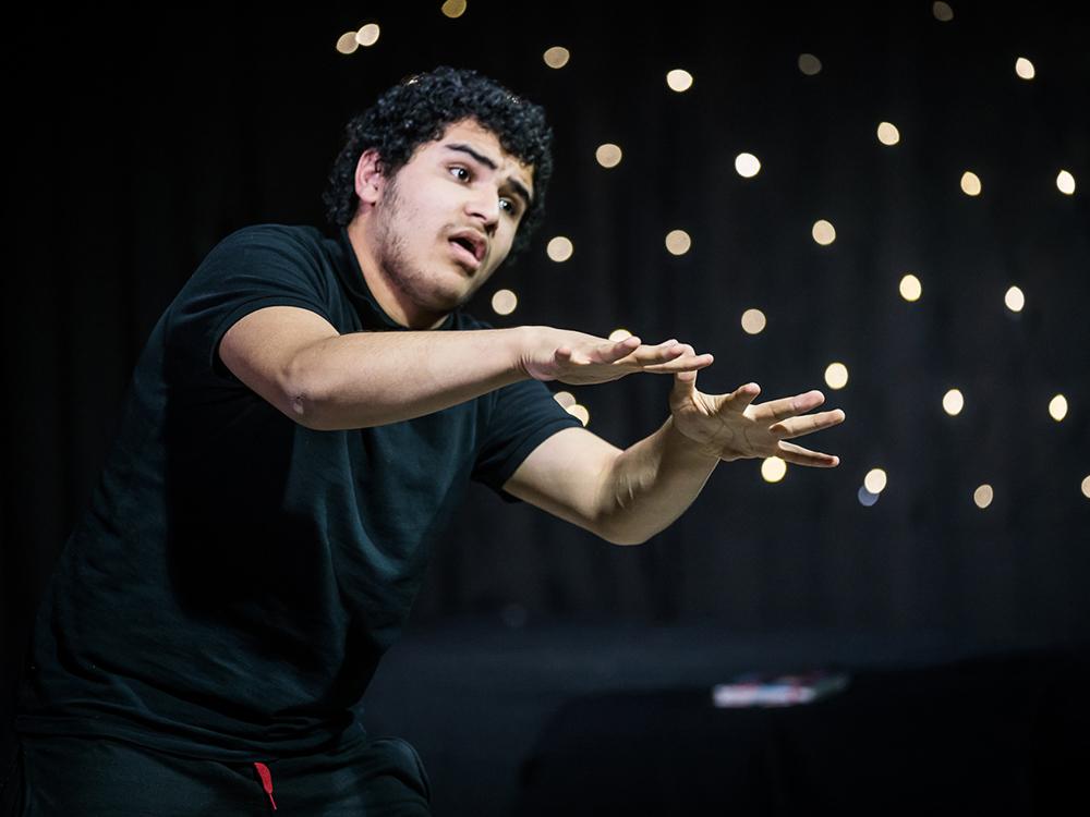 RWB Essen - Deaf Slam 6 - Haydar bei seinem Auftritt