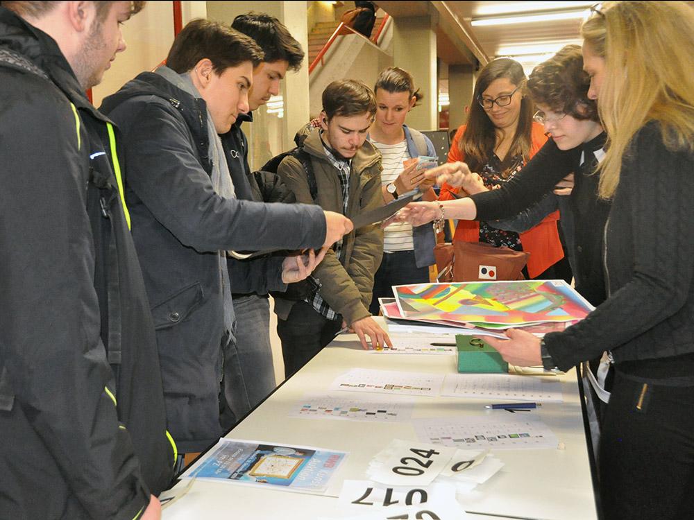 RWB Essen - Kunstauktion 2019 - Verkauf der Kunstwerke im Anschluss an die Veranstaltung