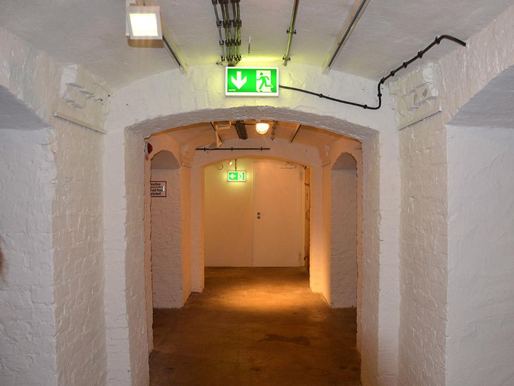 RWB Essen - Ein Tag in Düsseldorf - Besuch eines Luftschutzbunkers