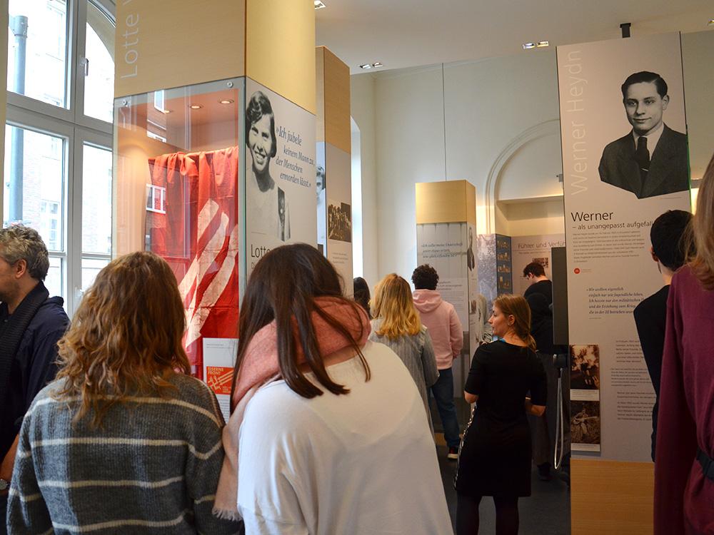 RWB Essen - Ein Tag in Düsseldorf - Besuch der Mahn- und Gedenkstätte in Düsseldorf
